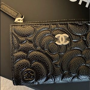 Chanel 20K Black Leather Camelia O Ring Key Pouch